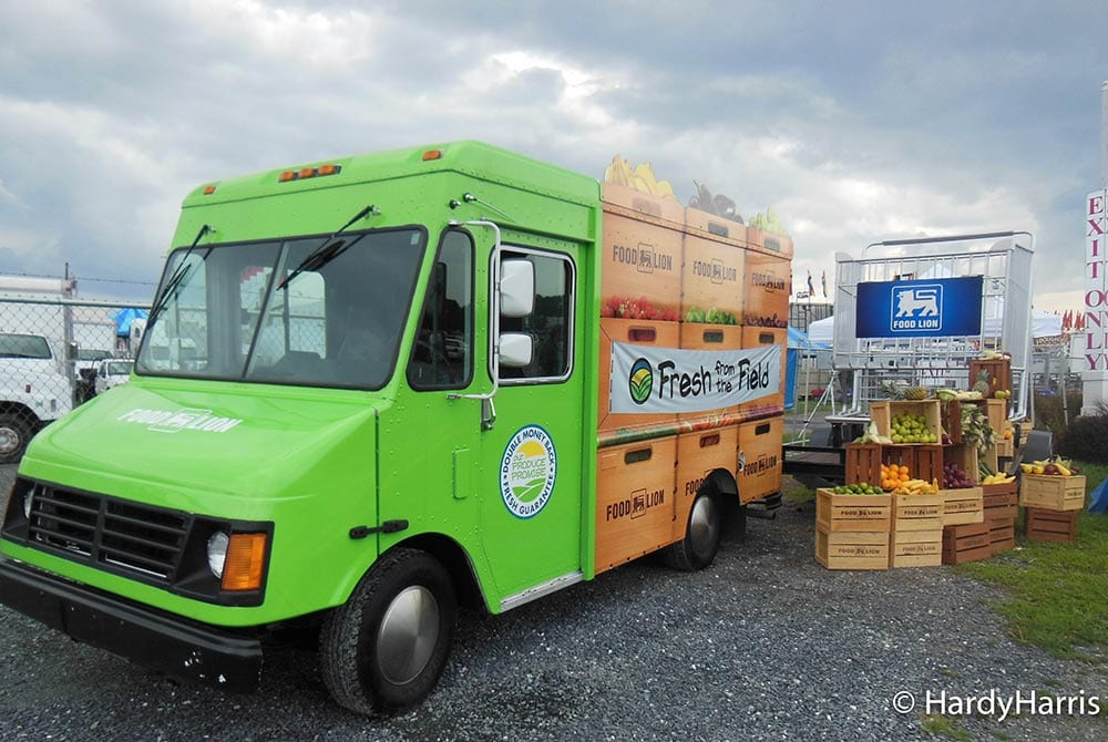 sampling-truck-food-lion-fresh-from-the-field-truck